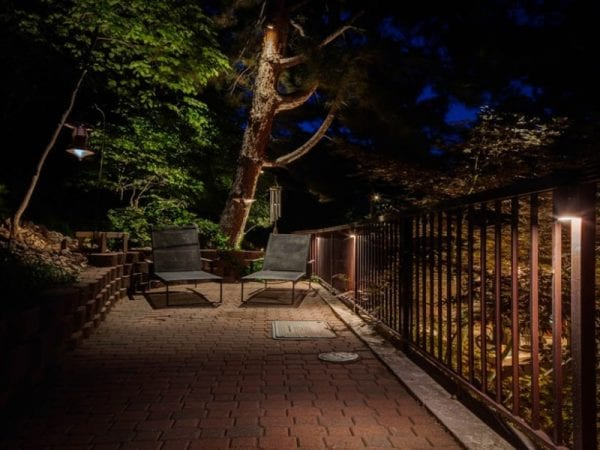 Moon lighting is a beautiful and elegant outdoor walkway lighting idea