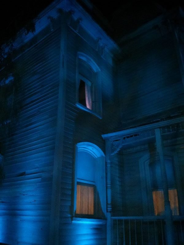 Chilly blue lights creating a perfect Halloween feel